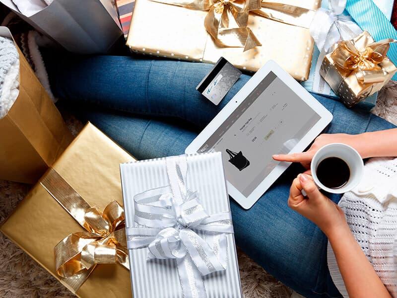 Fif til en juleklar webshop til dine kunders online shopping